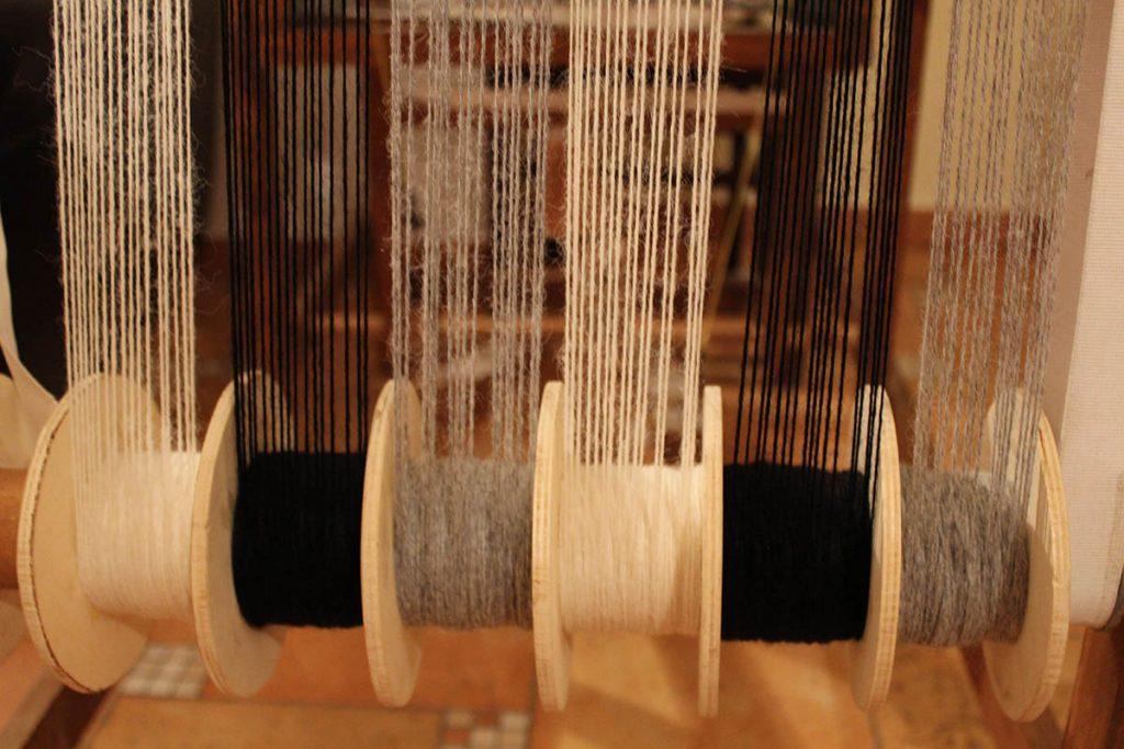 Laboratorio tessitura Lana Alpaca Pesaro e Urbino